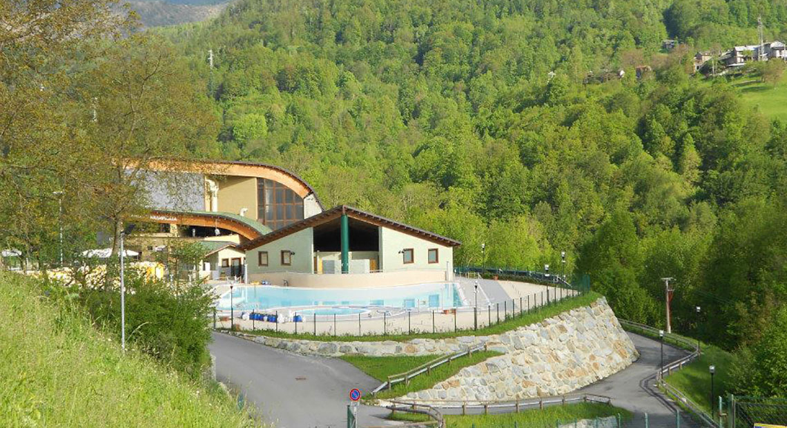 Turismo nelle valli di lanzo piscina parco avventura for Cabine del parco del windrock