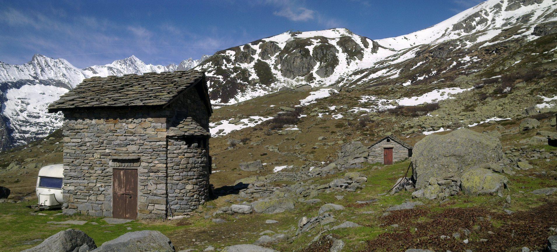 Turismo nelle valli di lanzo sentiero balcone rivotti for Fontane da balcone